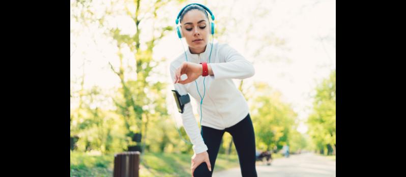 Comment bien Choisir sa montre de sport ? GPS, Cardio, Altimètre…