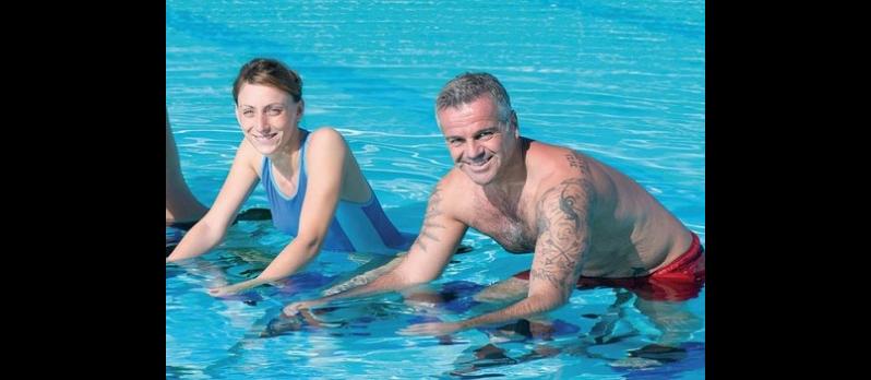 Les bienfaits de l'aquabiking : Définition, avantages et inconvénients en faisant de l'aquabiking (Aquabike) !