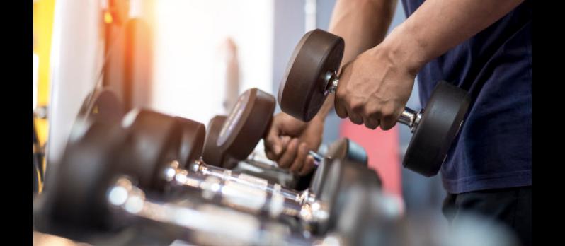 7 accessoires fitness dont les coachs ne peuvent pas se passer